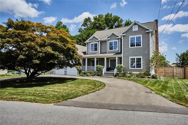 15 Colonial Road, Westport, CT 06880 (MLS #170318901) :: Frank Schiavone with William Raveis Real Estate