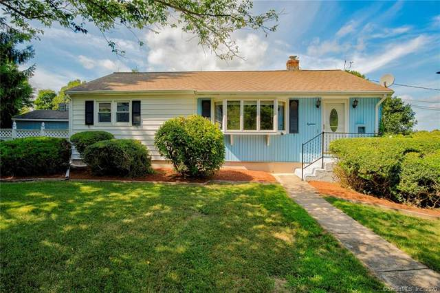 18 Pepperidge Drive, Waterford, CT 06375 (MLS #170319106) :: Frank Schiavone with William Raveis Real Estate