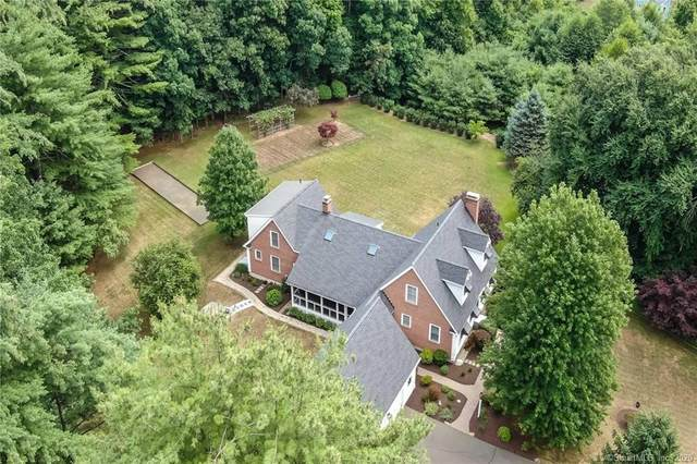 19 Stonewall Drive, Granby, CT 06090 (MLS #170319627) :: The Higgins Group - The CT Home Finder
