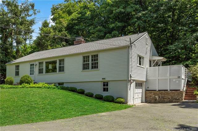 11 Ridgewood Road, Wilton, CT 06897 (MLS #170320097) :: The Higgins Group - The CT Home Finder