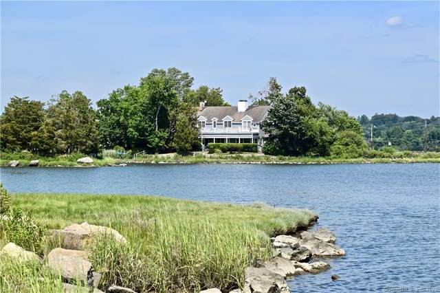 30 Edgewater Hillside, Westport, CT 06880 (MLS #170320885) :: The Higgins Group - The CT Home Finder