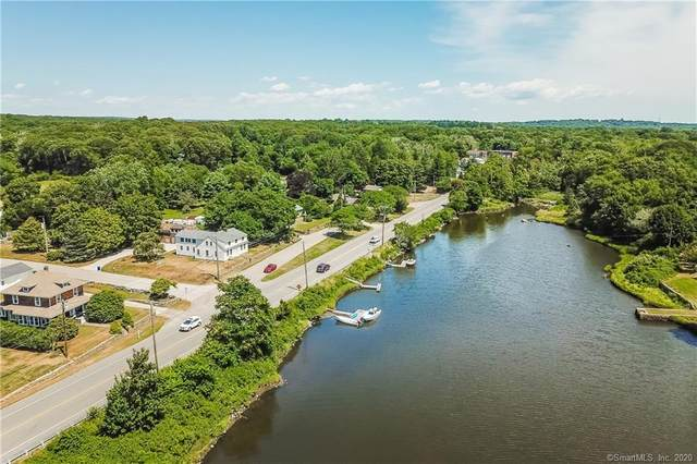 945 Stonington Road, Stonington, CT 06379 (MLS #170321003) :: Frank Schiavone with William Raveis Real Estate
