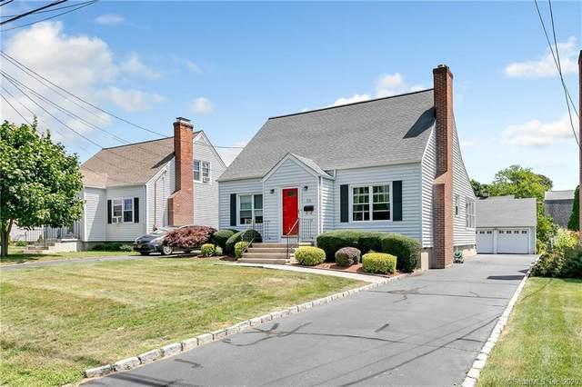 216 1st Avenue, Stratford, CT 06615 (MLS #170321023) :: Frank Schiavone with William Raveis Real Estate