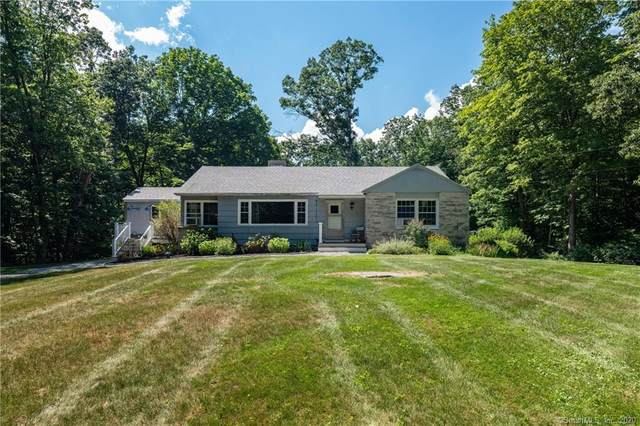 300 Hart Road, Guilford, CT 06437 (MLS #170321062) :: Carbutti & Co Realtors