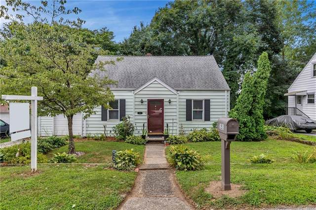 151 Broadmere Road, Stratford, CT 06614 (MLS #170321890) :: Frank Schiavone with William Raveis Real Estate