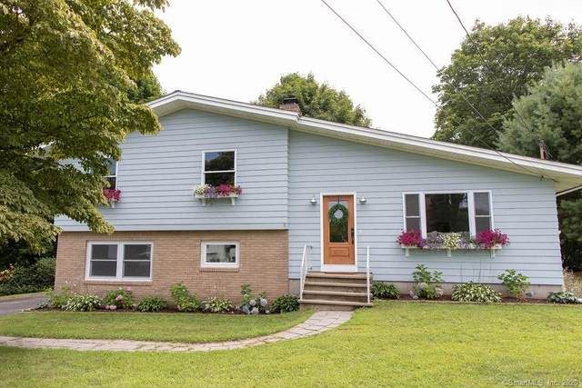 27 Russell Avenue, Stonington, CT 06379 (MLS #170323007) :: Frank Schiavone with William Raveis Real Estate