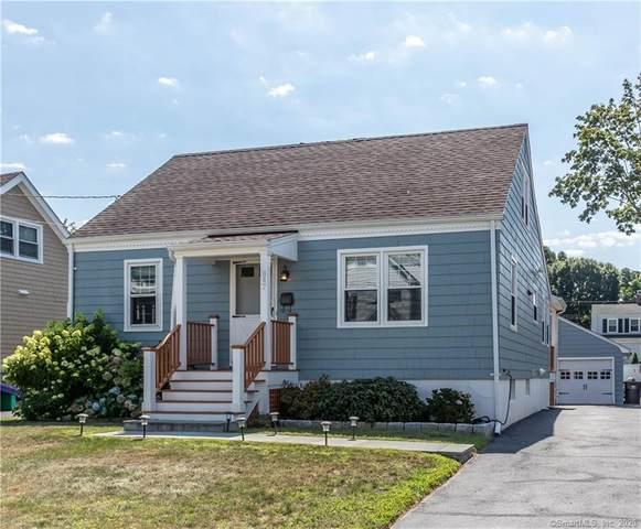 847 Riverside Drive, Fairfield, CT 06824 (MLS #170323269) :: Frank Schiavone with William Raveis Real Estate