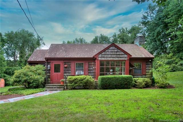 134 Flat Rock Road, Easton, CT 06612 (MLS #170323475) :: Frank Schiavone with William Raveis Real Estate