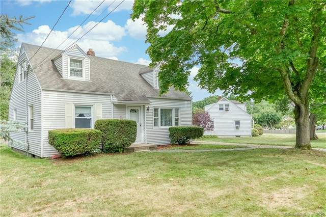 90 Old Town Drive, Stratford, CT 06614 (MLS #170323606) :: Frank Schiavone with William Raveis Real Estate