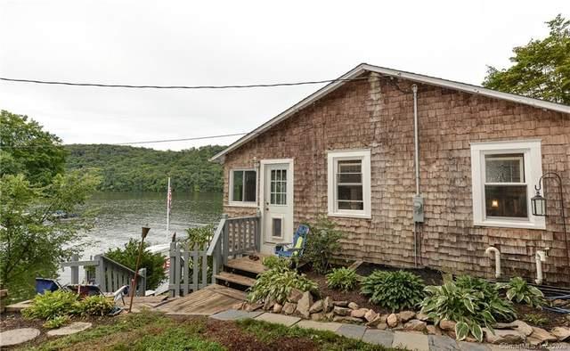 22 Bankside Trail, Newtown, CT 06482 (MLS #170323695) :: Around Town Real Estate Team