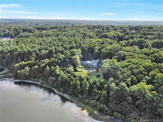 39 Old Huckleberry Road, Wilton, CT 06897 (MLS #170323815) :: The Higgins Group - The CT Home Finder