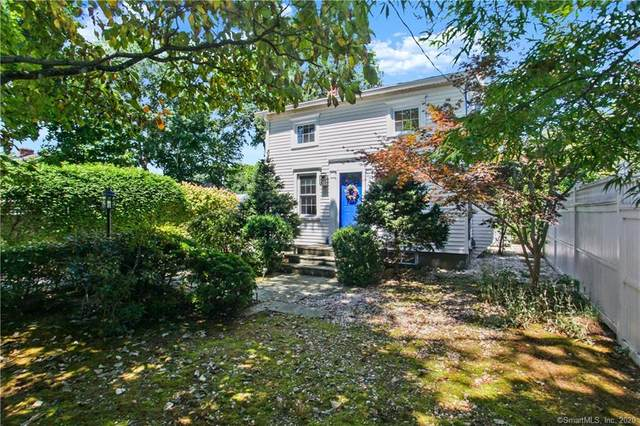 52 Glover Street, Fairfield, CT 06824 (MLS #170323819) :: The Higgins Group - The CT Home Finder