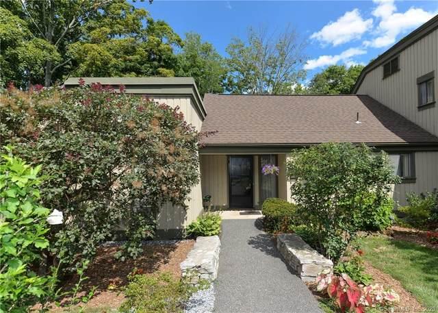 90 Heritage Village A, Southbury, CT 06488 (MLS #170324094) :: Around Town Real Estate Team