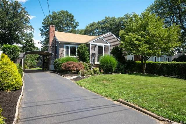 112 Country Road, Fairfield, CT 06824 (MLS #170324394) :: The Higgins Group - The CT Home Finder