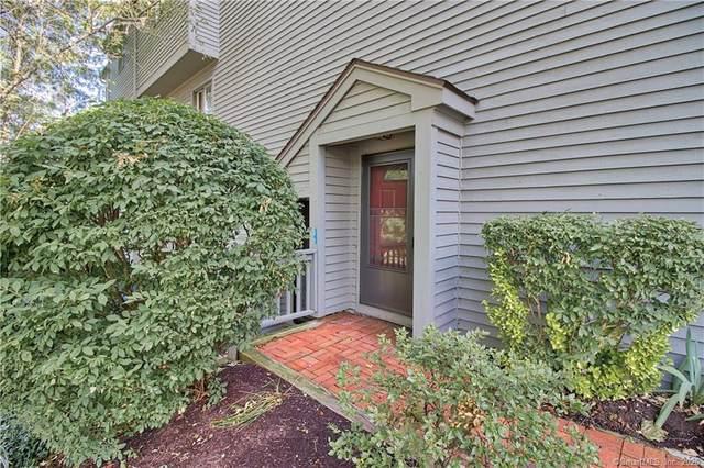 31 Ledgewood Drive #31, Brookfield, CT 06804 (MLS #170324716) :: Around Town Real Estate Team