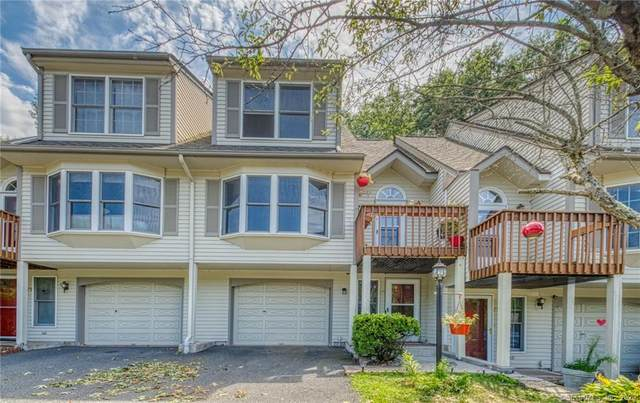 73 Fox Hollow Drive #73, Windsor Locks, CT 06096 (MLS #170324781) :: NRG Real Estate Services, Inc.