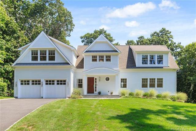 27 Richmond Drive, Darien, CT 06820 (MLS #170325294) :: Frank Schiavone with William Raveis Real Estate