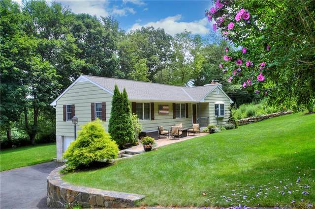 11 Valley View Road, Trumbull, CT 06611 (MLS #170325832) :: Team Feola & Lanzante | Keller Williams Trumbull