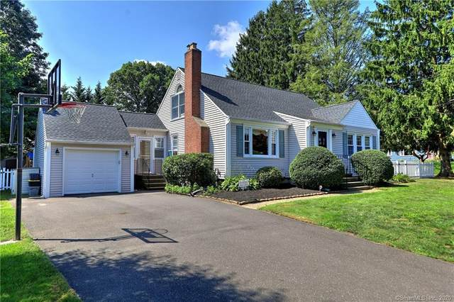 99 Evelyn Street, Trumbull, CT 06611 (MLS #170326054) :: The Higgins Group - The CT Home Finder