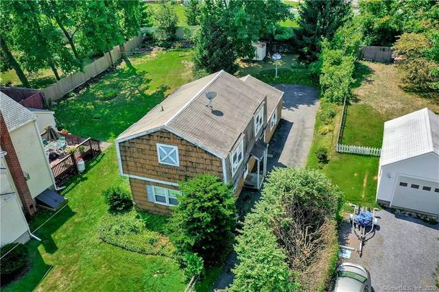 7 Fairfield Avenue, Darien, CT 06820 (MLS #170326342) :: Around Town Real Estate Team