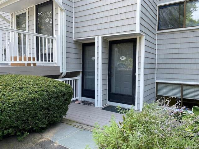 102 Rowayton Woods Drive #102, Norwalk, CT 06854 (MLS #170326395) :: The Higgins Group - The CT Home Finder
