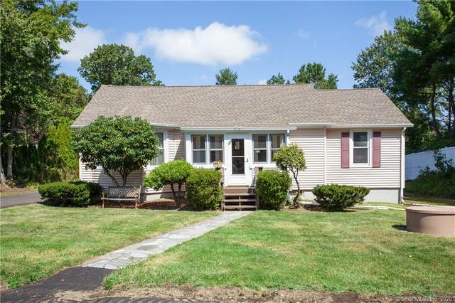 21 Green Street, Trumbull, CT 06611 (MLS #170326553) :: The Higgins Group - The CT Home Finder