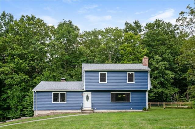 28 Oakwood Drive, Oxford, CT 06478 (MLS #170327133) :: Around Town Real Estate Team