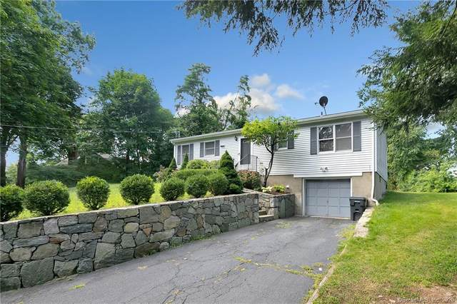 50 Woodlawn Drive, Trumbull, CT 06611 (MLS #170328889) :: The Higgins Group - The CT Home Finder
