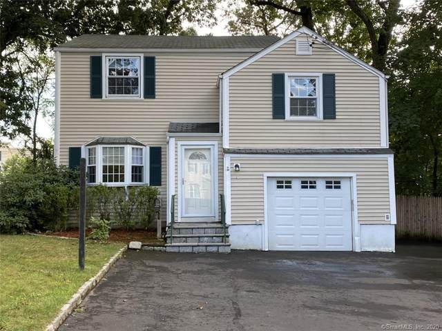 15 Patton Drive, Darien, CT 06820 (MLS #170328994) :: The Higgins Group - The CT Home Finder
