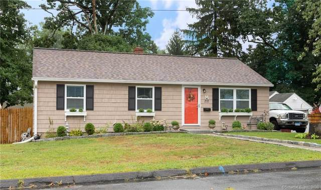 105 Fern Street, Naugatuck, CT 06770 (MLS #170329281) :: The Higgins Group - The CT Home Finder