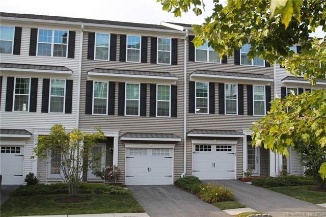 152 Warrington Round #152, Danbury, CT 06810 (MLS #170329360) :: The Higgins Group - The CT Home Finder