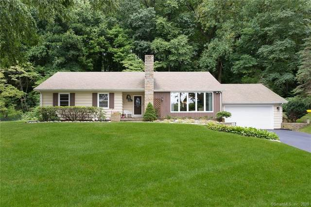 116 Pinewood Trail, Trumbull, CT 06611 (MLS #170330573) :: The Higgins Group - The CT Home Finder