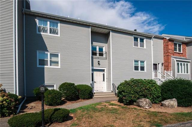 51 Carriage Drive #51, Milford, CT 06460 (MLS #170330965) :: Team Feola & Lanzante | Keller Williams Trumbull