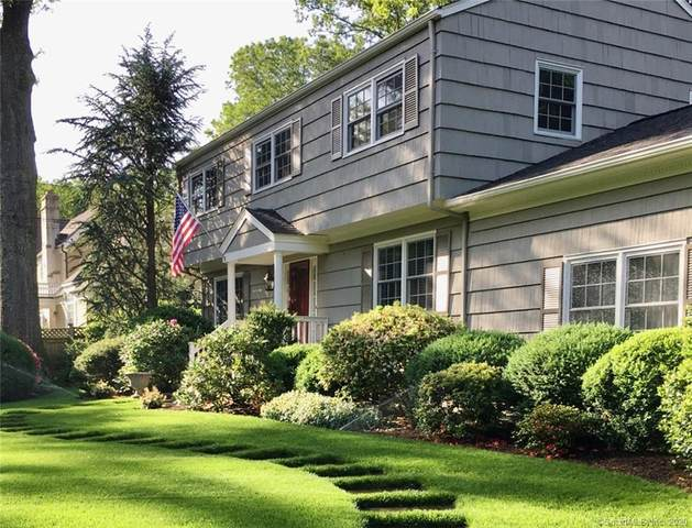 17 Pine Drive, Westport, CT 06880 (MLS #170331070) :: The Higgins Group - The CT Home Finder