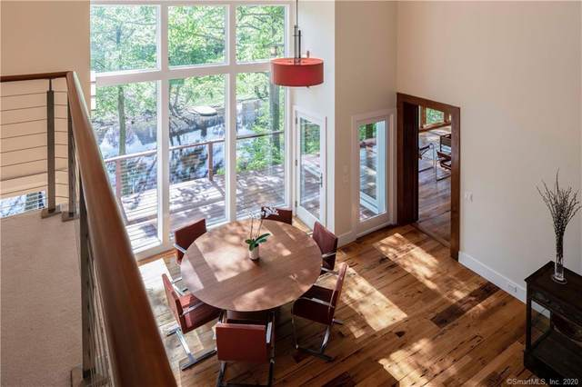10 River Lane, Westport, CT 06880 (MLS #170332068) :: The Higgins Group - The CT Home Finder