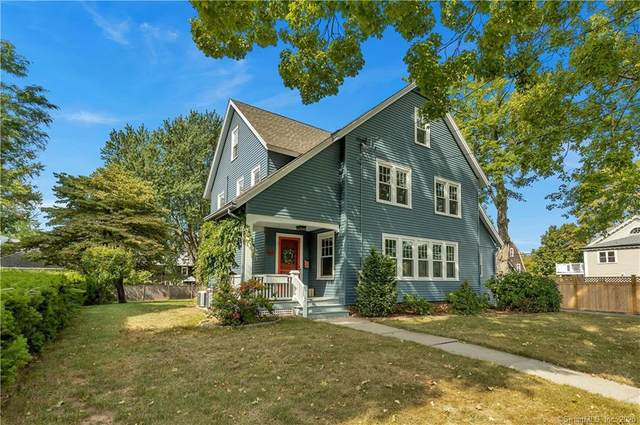 17 Woodrow Street, West Hartford, CT 06107 (MLS #170332232) :: The Higgins Group - The CT Home Finder