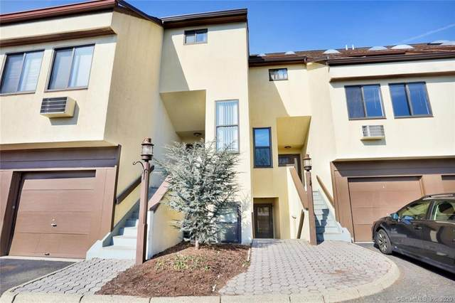 89 Harbor Drive #207, Stamford, CT 06902 (MLS #170332299) :: Around Town Real Estate Team