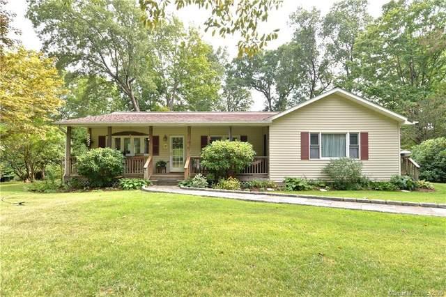 8 Cherry Drive, New Fairfield, CT 06812 (MLS #170332595) :: Michael & Associates Premium Properties | MAPP TEAM