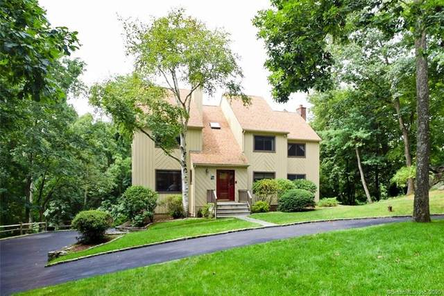 88 Canfield Drive, Stamford, CT 06902 (MLS #170332700) :: The Higgins Group - The CT Home Finder