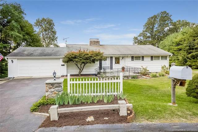 27 Ledgemere Drive, Danbury, CT 06811 (MLS #170333148) :: Frank Schiavone with William Raveis Real Estate