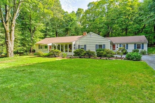 25 Kiahs Brook Lane, Ridgefield, CT 06877 (MLS #170333658) :: The Higgins Group - The CT Home Finder