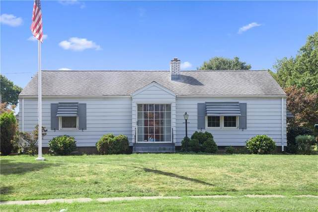 61 Knollwood Road, West Hartford, CT 06107 (MLS #170333952) :: The Higgins Group - The CT Home Finder