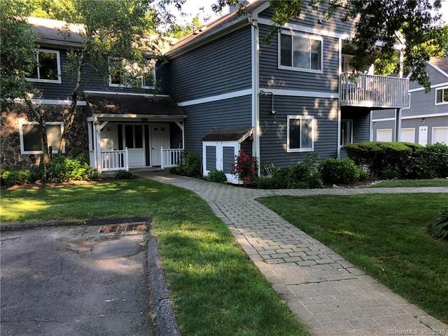 217 Windgate Circle A, Monroe, CT 06468 (MLS #170334572) :: Frank Schiavone with William Raveis Real Estate