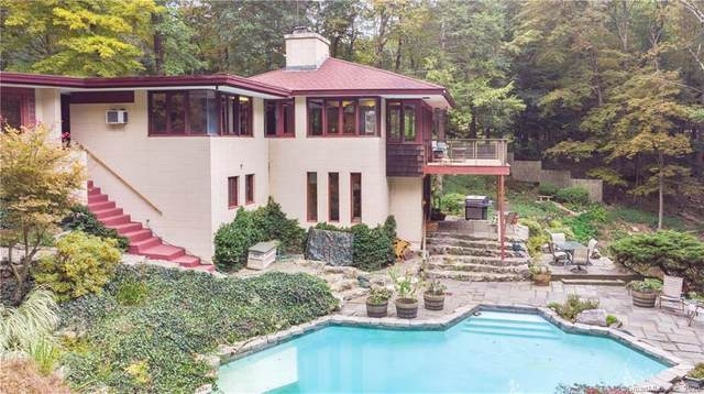 135 Peaceable Ridge Road, Ridgefield, CT 06877 (MLS #170334826) :: GEN Next Real Estate