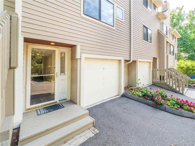 57 Sunrise Hill Road #57, Norwalk, CT 06851 (MLS #170335035) :: The Higgins Group - The CT Home Finder