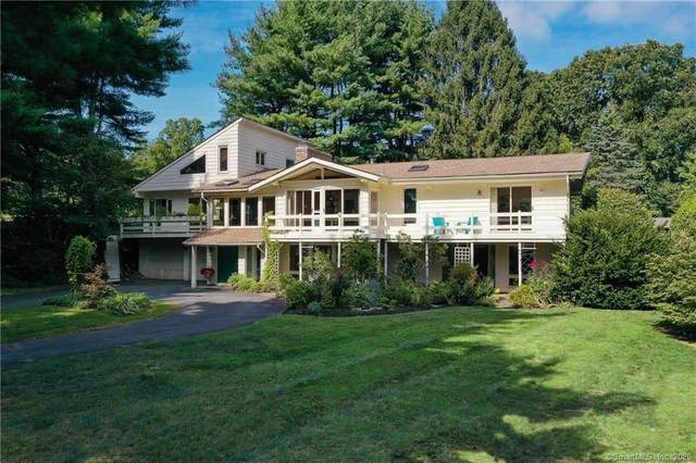 26 Sunrise Drive, Avon, CT 06001 (MLS #170335945) :: Frank Schiavone with William Raveis Real Estate
