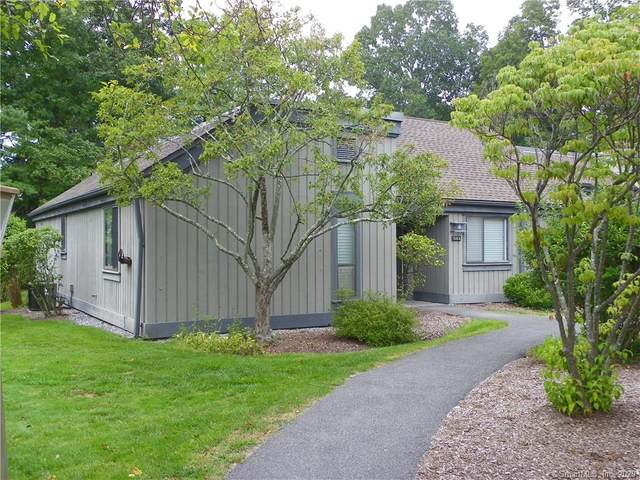 836 Heritage Village A, Southbury, CT 06488 (MLS #170336383) :: Spectrum Real Estate Consultants