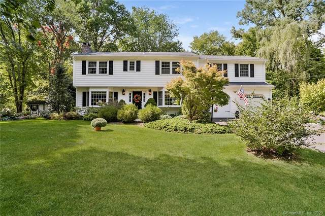 6 Hollow Oak Lane, Brookfield, CT 06804 (MLS #170336639) :: Kendall Group Real Estate | Keller Williams
