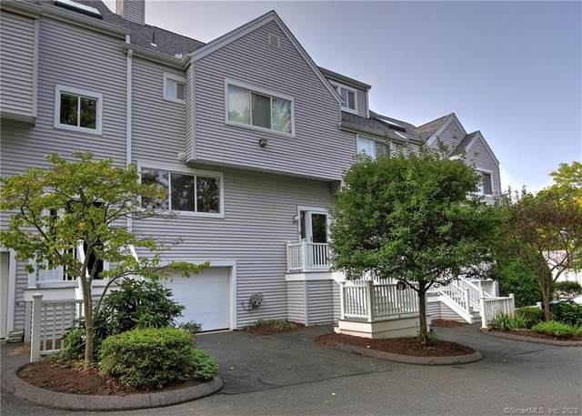 80 Country Place #80, Shelton, CT 06484 (MLS #170337185) :: The Higgins Group - The CT Home Finder