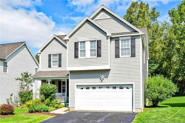 11 Edgewater Circle #11, Danbury, CT 06810 (MLS #170337299) :: Kendall Group Real Estate | Keller Williams
